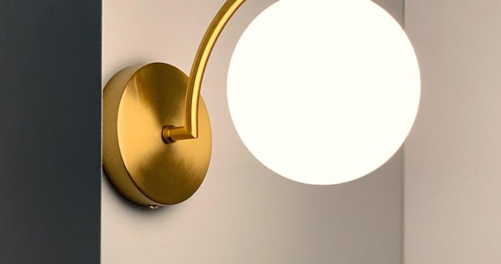 Roundup: My Favorite Affordable Brass Sconces